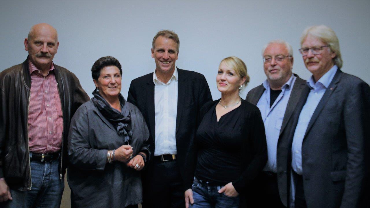 Treffen von GRÜNEN mit Gewerkschaft (v.l.n.r.): Hartmut Tölle (DGB), Anja Piel, Stefan Wenzel, Laura Pooth (GEW), Deltef Ahting (ver.di), Eberhard Brandt (GEW).