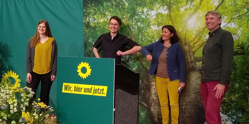 Anne Kura, Sven-Christian Kindler, Filiz Polat, Hanso Janßen, Gratulation zu den Spitzendplätzen